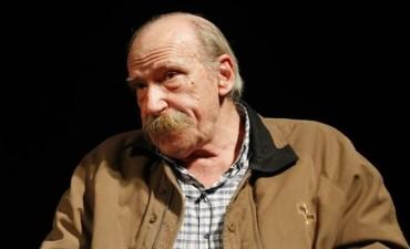 Murió el escritor Alberto Laiseca