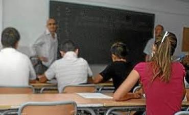 Las claves de la reforma educativa:Bajar la repitencia y deserción