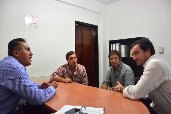 Vecinos se suman al Plan de Recuperación de  Espacios Verdes que ejecuta el municipio