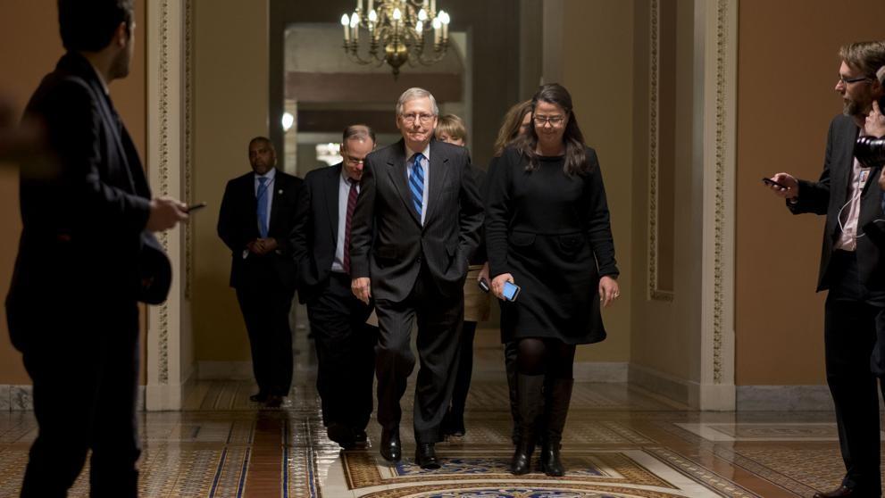 El Senado de EE.UU. votará hoy para intentar reabrir el Gobierno federal