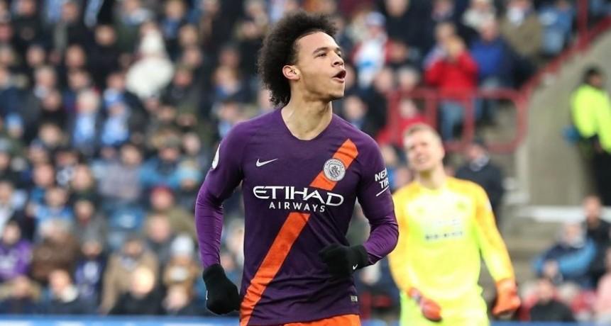 El City goleó y sigue al acecho del Liverpool