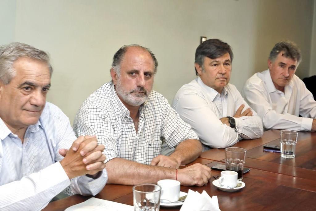 El campo levantó el paro del cese de comercialización de granos