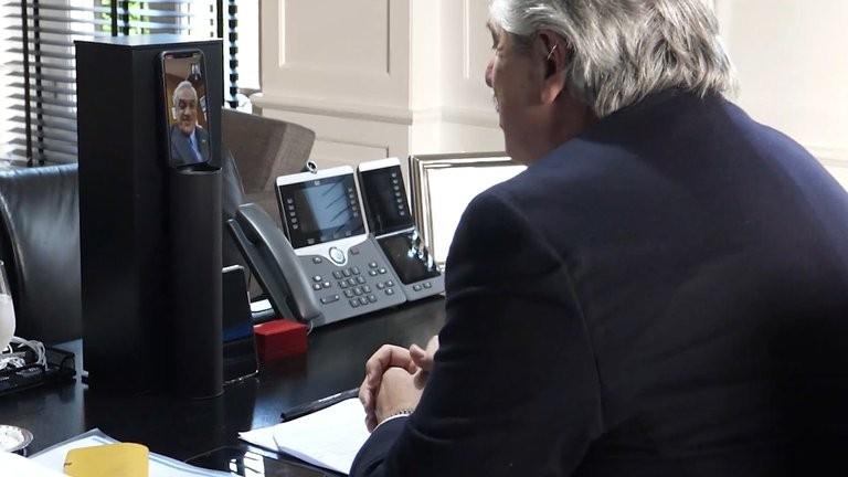 El Presidente inicia su visita a Chile junto a gobernadores