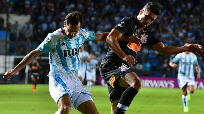 Corinthians empató con Racing