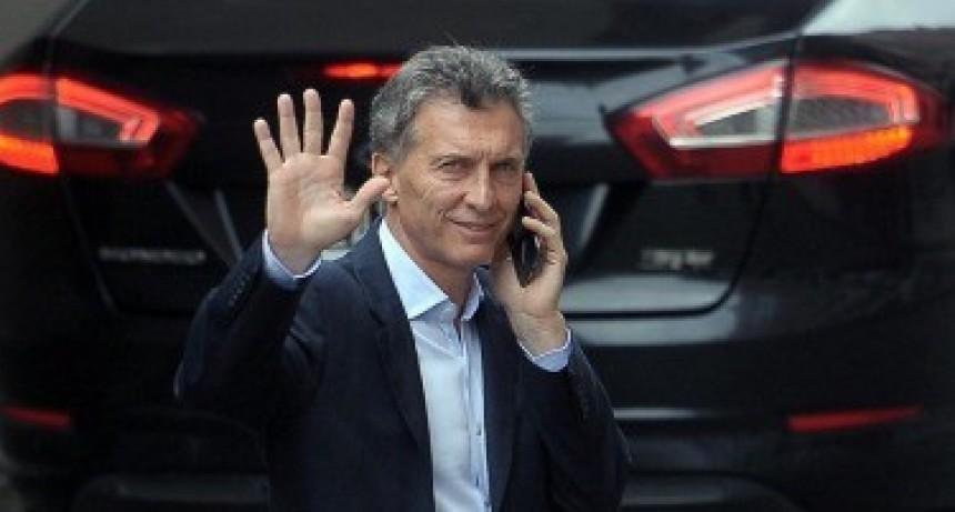 Macri inicia una gira para promover inversiones