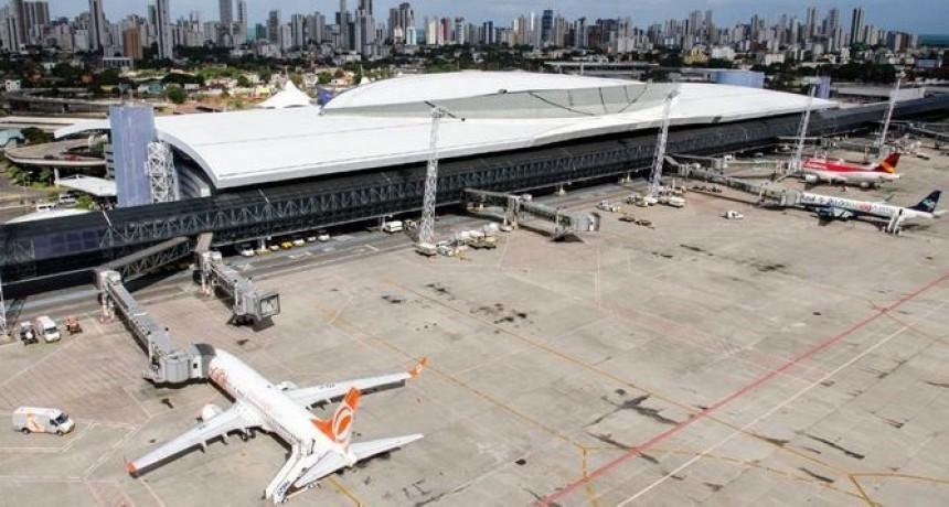 Brasil privatizará doce aeropuertos