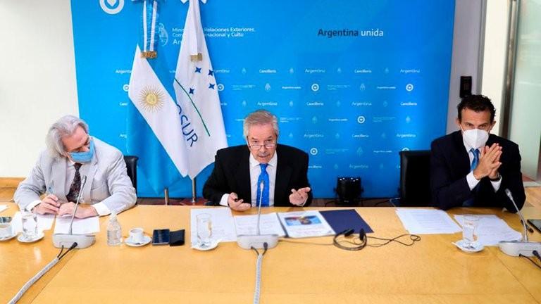 Argentina firmó un documento que pide elecciones libres en Venezuela