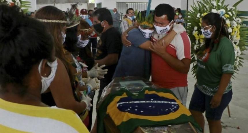 Brasil colapsada con más de tres mil muertos en 72 horas