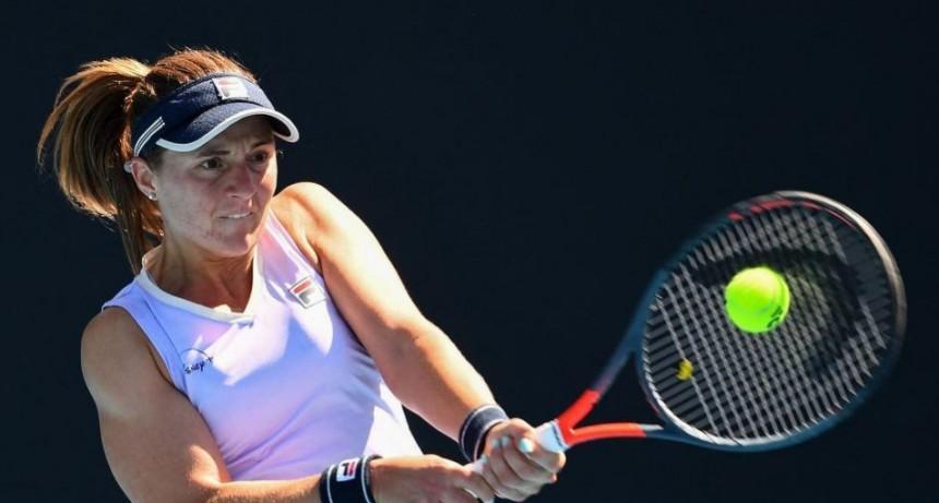 Nadia Podoroska se despidió del Australian Open con una caída contundente