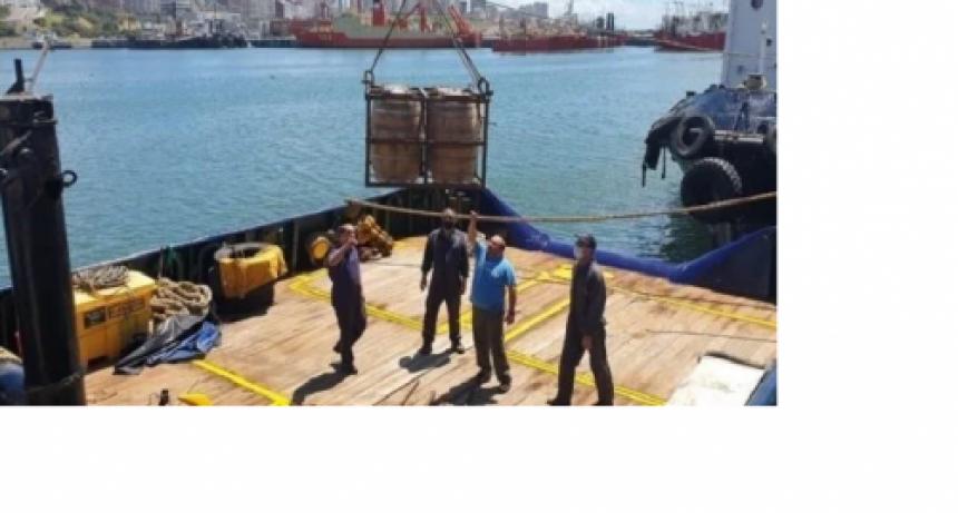 Bucearon para robar 600 litros de cerveza del fondo del mar