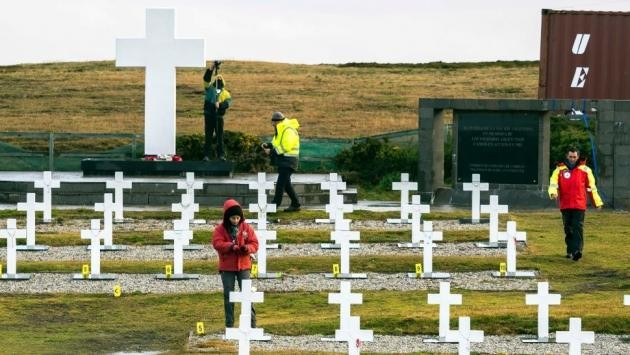Malvinas:Los familiares de los 90 caídos rindieron homenaje a los caidos