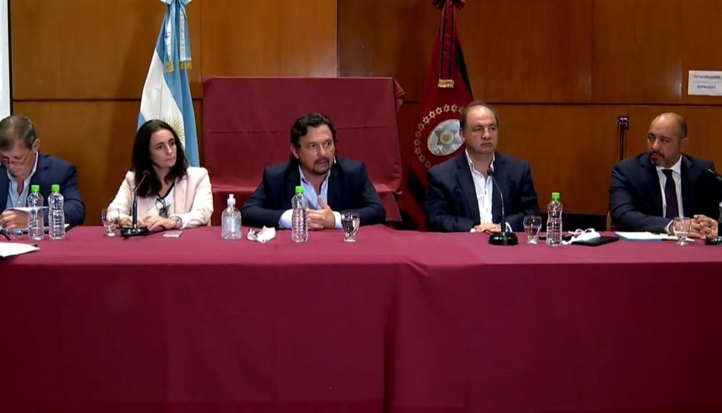 Gustavo Sáenz: Vamos a seguir insistiendo en el aislamiento social