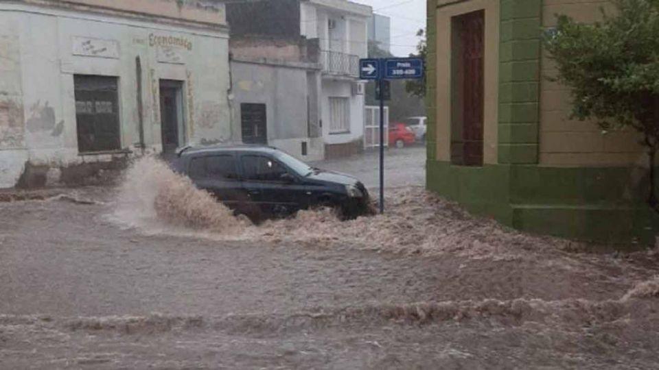 En Catamarca 200 familias asistidas por un fuerte temporal