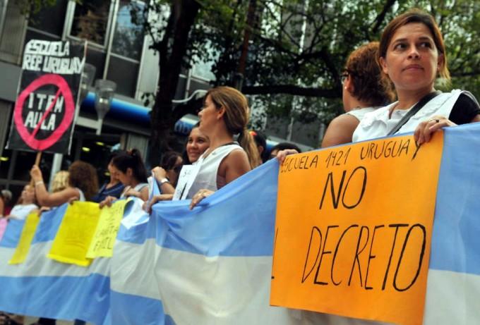 Los Docentesparan hoy en el país por conflictos salariales en seis provincias