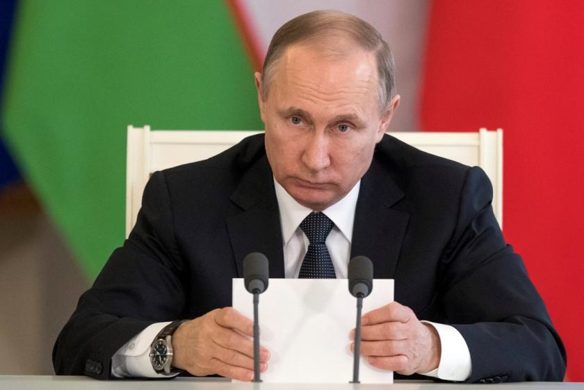 Putin considera el bombardeo una  agresión contra un estado soberano  que viola la ley internacional