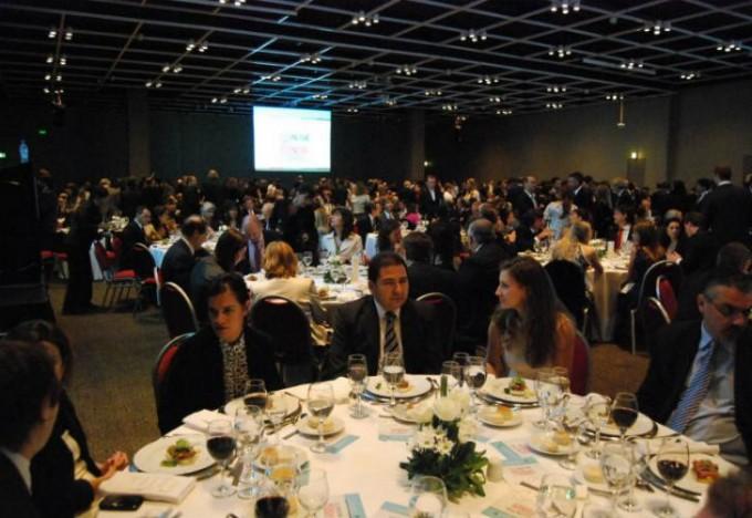 Cena anual del CIPPEC reunió a gobernadores, funcionarios e intendentes