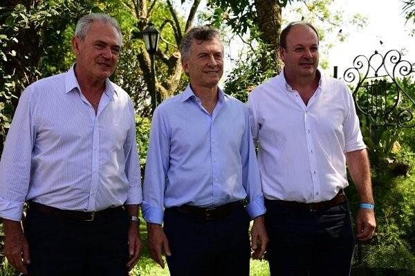 Macri recorre obras en el Puerto Ruiz