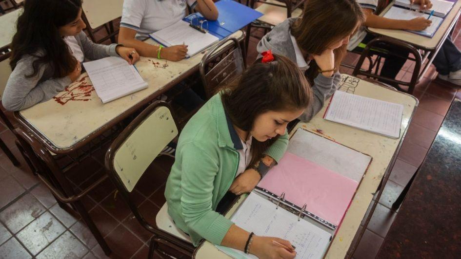 De diez alumnos Uno repite el primer año del secundario