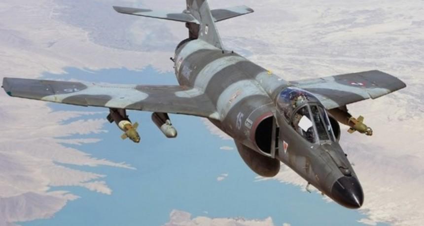 La Armada espera caza bombarderos comprados a Francia