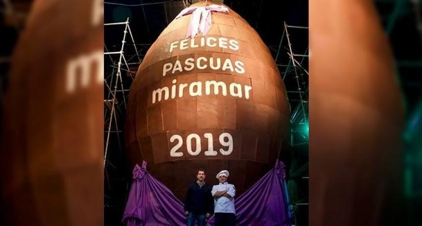 Huevo de Pascua de 4100 kilos de chocolate
