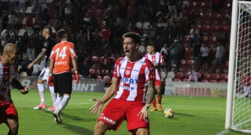 Unión puso el 3 a 0  a San Martín de Tucumán