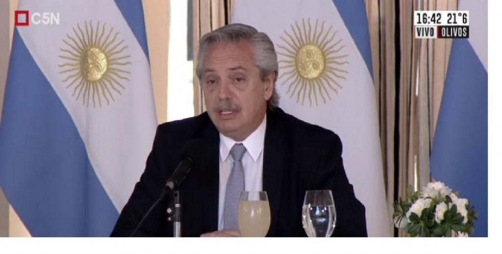 Argentina re-negocia la deuda extranjera con reducción en más de U$S40.000 millones