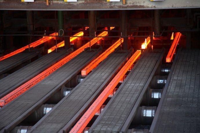 La actividad industrial subió 1,6% interanual