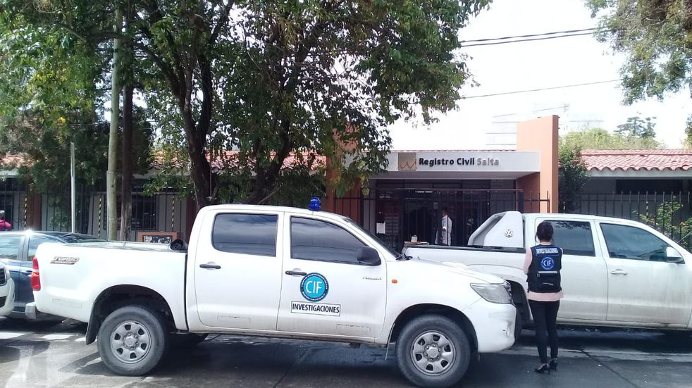Allanan la sede central del Registro Civil de Salta