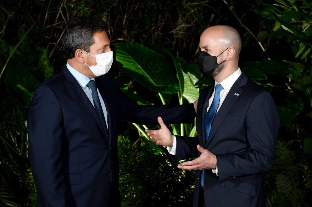 Massa de asado con el enviado de Biden