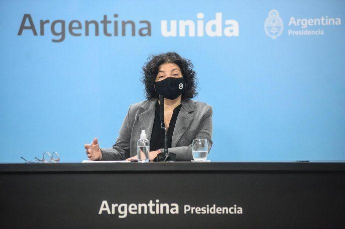 Carla Vizzotti brinda una conferencia de prensa EN VIVO