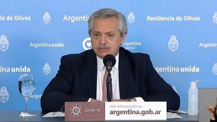 EN VIVO Fernández: 'Desde que volvieron las clases, la curva de contagio ascendió precipitadamente'