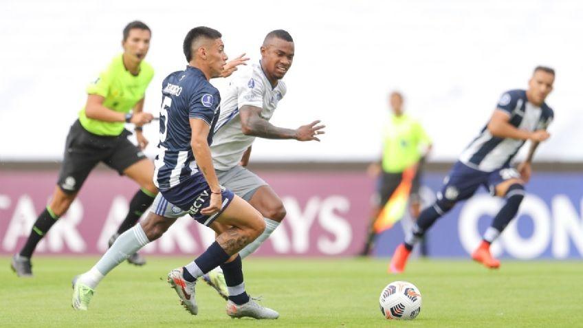 Talleres perdió con Emelec en Córdoba