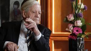Excanciller alemán Helmut Schmidt advierte sobre la gesta de una tercera guerra mundial