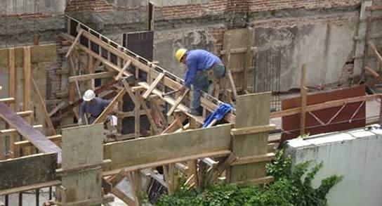 Se pierden puestos de trabajo en la construcción