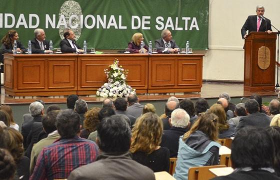 Inauguran la carrera de medicina en la Universidad Nacional de Salta