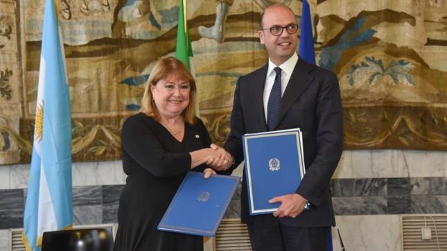 Italia llamó a invertir en Argentina y respaldó el trabajo del gobierno por la estabilidad y la apertura
