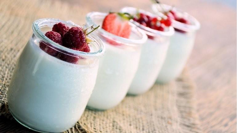 Prohíben la comercialización de varios lotes de yogures