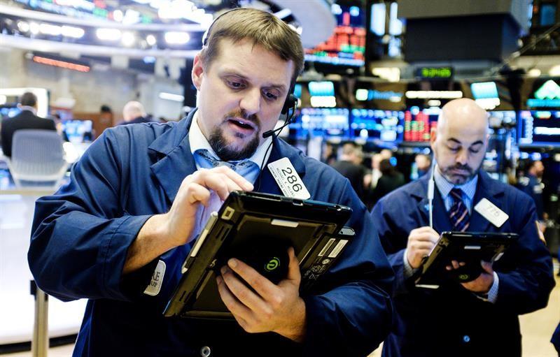 El Dow Jones crece un 0,02% al cierre de un mercado mixto