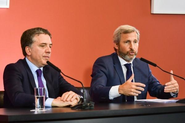 Dujovne junto al Gabinete llamó a la mesa de diálogo para el desarrollo