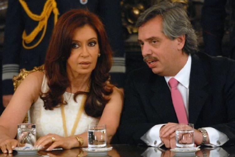 Alberto Fernandez acompaña a Cristina a Comodoro Py