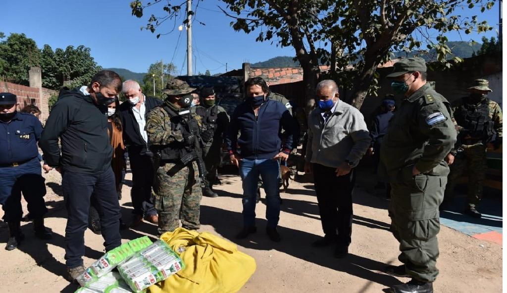 Sáenz visitó el hospital y pasos fronterizos en Salvador Mazza