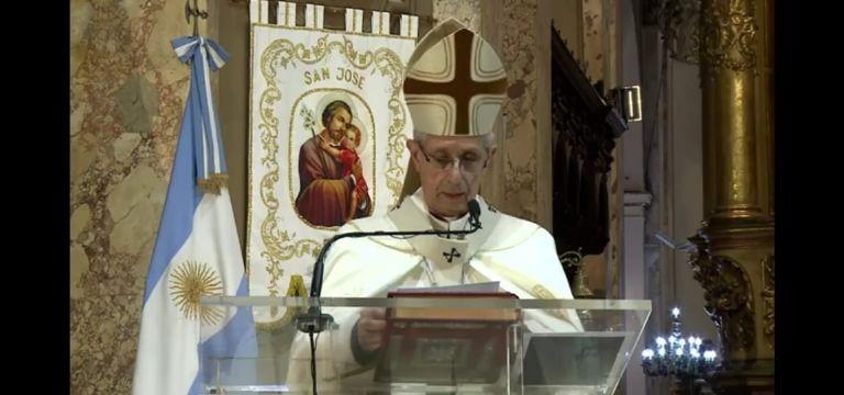La Iglesia le pidió a los políticos 'grandeza y diálogo' en el Tedeum del 25 de Mayo