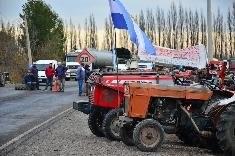 Productores de la región sigue en reclamo por el incumplimiento de la Nación