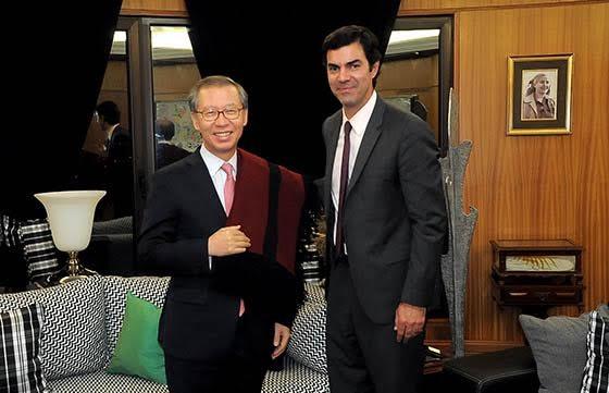 El Embajador de Corea presentó sus saludos protocolares al Gobernador Urtubey