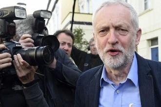 Brexit:Se desató una lluvia de renuncias en el laborismo británico y un motín interno
