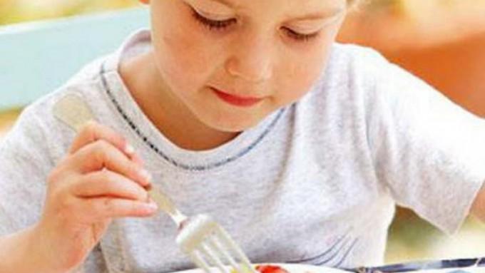 ¿Cómo cuidar la alimentación de los niños y evitar enfermedades?