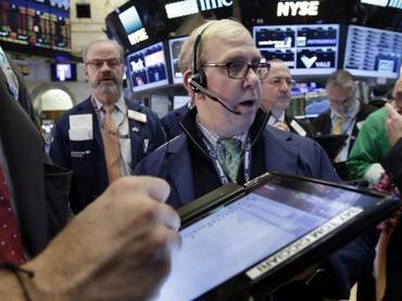 Wall Street cierra mixto con las miras puestas en el petróleo
