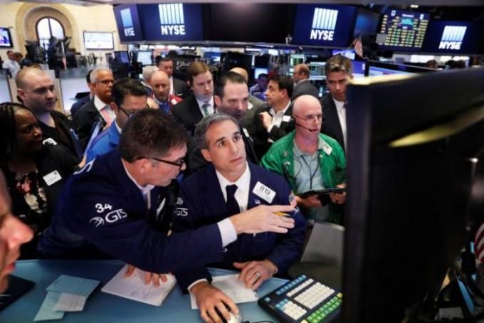 Wall Street abre inferior como picaduras de liquidación tecnología