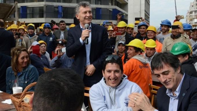 Macri se muestra por primera vez con candidatos