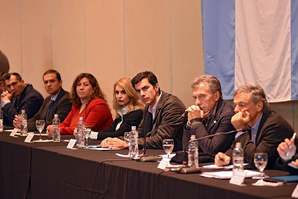 Macri: a la mesa de energìa les dijo que los ayude a focalizar el financiamiento